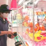 """1万円で""""世界最多級クレーンゲーム店""""に挑む。"""