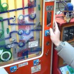 10円ゲームで遊ぶデブ2